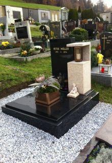 Urnengrab mit Sichturne
